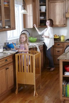 Guidecraft Contemporary Kitchen Helper Stool - Honey: W/Keeper and Non-Slip Mat: Adjustable Height Wooden Baking Tower, Folding Step Stool for Toddlers, Little Kids Learning Furniture Contemporary Kitchen Furniture, Contemporary Home Decor, Kitchen Step Stool, Kitchen Stools, Kids Furniture, Furniture Design, Learning Tower, Kids Learning, Kitchen Helper