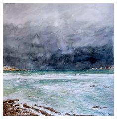 Marina en acuarela de una playa de A Coruña en al que se aprecia el mar y nubes con distintos tonos. Cuadro realizado por Rubén de Luis.