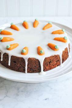 Moist Carrot Cake with Lemon Frosting #carrotcake #lemonfrosting #carrot