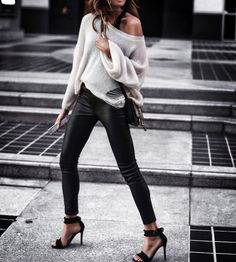 Distressed sweater FASHIONED|CHIC