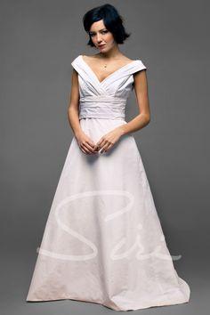 1ecc6ed16ceb9 Siri Dresses 9594 Watteau Bridal Gown - Siri Dresses