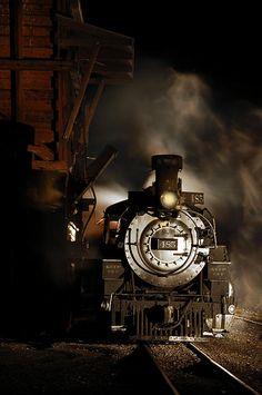 Murder on the orient express By Train, Train Tracks, Simplon Orient Express, Trains, Ticket To Ride, Ways To Travel, Steam Locomotive, Train Station, Vintage Industrial