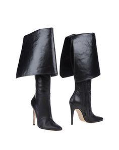 MANOLO BLAHNIK Boots. #manoloblahnik #shoes #boots