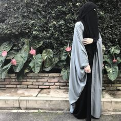 Ibn Al-Qayyim a dit dans madarij As-Salilkin Burqa Fashion, Modern Hijab Fashion, Muslim Women Fashion, Islamic Fashion, Modest Fashion, Hijab Musulman, Beau Hijab, Muslim Hijab, Mode Niqab