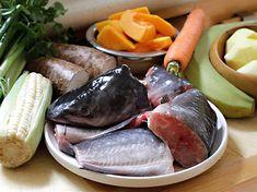Sancocho de Pescado - AntojandoAndo Cooking Recipes, Meat, Fresco, Food, Seafood, Cold Cuts, Crock Pot, Salmon Pasta, Sole Recipes