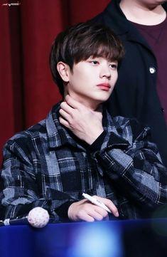 Sungjae oppa come to me. Sungjae And Joy, Sungjae Btob, Im Hyunsik, Minhyuk, Yongin, Handsome Korean Actors, Handsome Boys, Vixx, Shinee