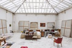 Howard Hodgkin The studio is in an old diary building and has the original ironwork around the ceiling area..