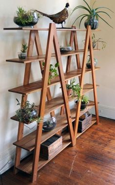 Woodworking Furniture, Woodworking Projects Plans, Diy Furniture, Fine Woodworking, Wooden Plant Stands, Diy Plant Stand, Diy Casa, House Plants Decor, Plant Shelves