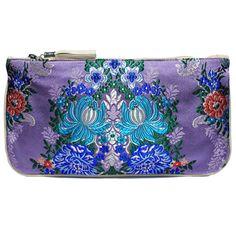 clutch fallera® con detalles florales, realizados en tela de seda color violeta y azul. fallera bag with floral pattern. #bag #clutch #bolso http://fallera.com/es/bolsos/bc00707-detail
