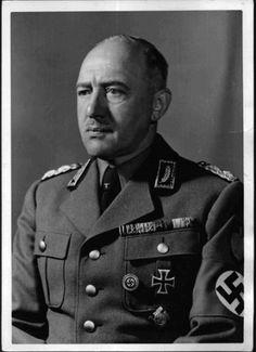 Reichsminister RAD Reichsarbeitsführer und Reichsleiter (Minister of Labour and Leader of the RAD) Konstantin Hierl
