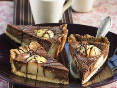 Probieren Sie den leckeren Schoko-Birnen-Kuchen von EAT SMARTER oder eines unserer anderen gesunden Rezepte!