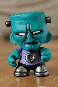 Munny Frankie by MaComiX on DeviantArt Robots For Kids, Baby Groot, Pet Toys, Polymer Clay, Bubbles, Cosplay, Deviantart, Sculpture, Animal