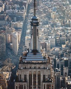 The Empire State Building Empire State Of Mind, Empire State Building, Central Park, Manhattan, Washington Square Park, New York Life, New York City Travel, New York Photos, México City