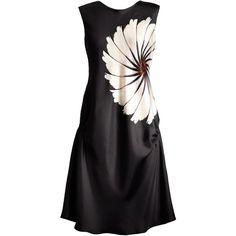 Delada Floral Print Silk Dress ($230) ❤ liked on Polyvore featuring dresses, short dresses, vestidos, floral dress, short silk dress, round neck sleeveless dress, floral mini dress and silk print dress