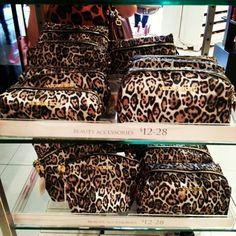 ♡ Victoria Secret Makeup bags