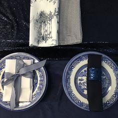 Navy toile serviette