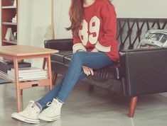 converse • athletic tshirt • tumblr fashion • teen style • cute clothes • sweater weather • fall autumn • winter outfit • spring