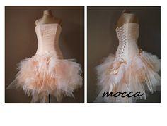 Perfect #weddingdress #handmadeflowers #promdress #eveningdress #apricotdress #apricot MOCCA Apricot prom dress Tulle bridesmaid dress by AtelierArtistia