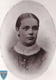 Anna Endresdtr. Søyland | Flickr , my grandfathers sister.