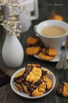 Biscuiti de post cu dovleac Food To Make, Waffles, Healthy Eating, Sweets, Cookies, Breakfast, Cake, Ethnic Recipes, Desserts