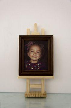 sztaluga z foto nadrukiem na płótnie -easel with a photo printed on canvas -