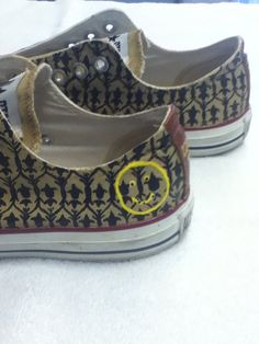 Sherlock inspired Converse All Stars / oh my god i need this