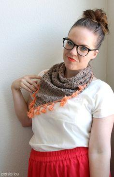 tasseled crochet neckerchief - free pattern