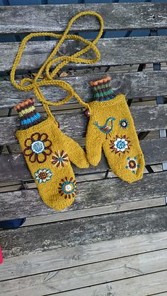 Warmest Mittens, knit in Briggs & Little Heritage.