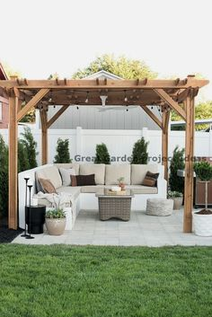 You don't need to travel far for a relaxing outdoor retreat. Turn your backyard into a beautiful oasis with one of these pergola ideas. We found free pergola plans, as well as fun decorating ideas for existing patio and porch covers. Diy Pergola, Backyard Pergola, Diy Patio, Pergola Ideas, Garden Gazebo, Cheap Pergola, Modern Pergola, Outdoor Pergola, Backyard Shade