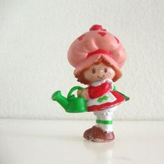 Vintage Strawberry Shortcake pvc figurine watering by ismoyo,