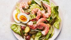 An entree that transports you to Stockholm; shrimp with hard-boiled eggs, cornichons, fennel, soft buttery lettuce, and boiled baby potatoes. Bonus: Use the same pan to cook the shrimp and the potatoes. Shrimp Recipes, Salad Recipes, Boiled Baby Potatoes, Cilantro, Quinoa, Sauces, Paleo, Shrimp Salad, Avocado