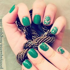 Emerald + Baroque style mani. #ccstyle