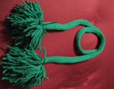 """Knit a Funky I-Cord Scarf/Necklace for St. Patrick's Day: St. Patrick's Day """"Necklace."""""""