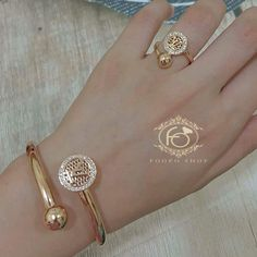 Indian Gold Jewelry Near Me Gold Wedding Jewelry, Gold Rings Jewelry, Bridal Jewelry, Jewelery, Jewelry Stand, Quartz Jewelry, Jewelry Holder, Jewelry Shop, Gold Earrings Designs