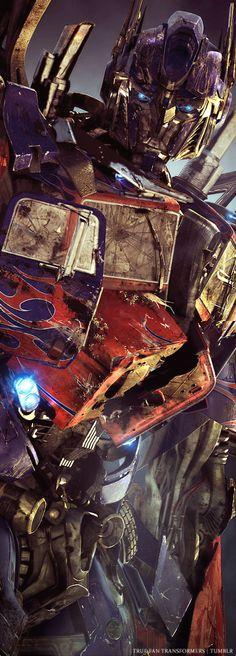 Optimus Prime, vc e uma lenda  No filme transformers de 2007 vc tinha 27 anos agora que completou 30 anos no 4° filme o Michael Bay disse que vc ia subir de ano mais uma vez que depois ia ficar com essa idade pra sempre. O Optimus ! Eu sei que vc vai ser pai ! E verdade?