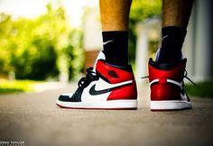 Jordan 1 - Black Toe