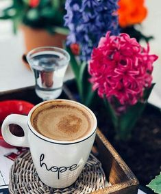 Breakfast coffee morning cappuccinos ideas for 2019 Coffee And Books, I Love Coffee, Coffee Break, My Coffee, Morning Coffee, Coffee Mugs, Morning Mood, Brown Coffee, Breakfast Photography