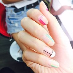 42 Minimalist Summer Nails Art Design to Copy Now Minimalist Summer Nails Art Design To Copy Now 27 Asian Nail Art, Asian Nails, Korean Nail Art, Nails Gelish, Toe Nails, Pedicure Nail Art, Manicure And Pedicure, Nail Art Designs, Design Art