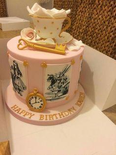 New birthday cake alice in wonderland Ideas Cat Birthday Wishes, New Birthday Cake, Birthday Quotes, Birthday Bash, Birthday Ideas, Mad Hatter Cake, Mad Hatter Party, Alice In Wonderland Birthday, Alice In Wonderland Tea Party
