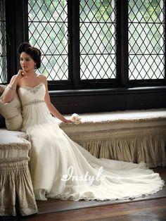 Chiffon Strapless Sweetheart A-line Wedding Dress UK with Empire Waistline