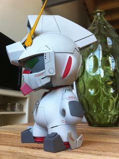 Custom Unicorn Gundam Munny | Artist: Rohby | Image 2 of 3