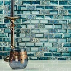 Iridescent Tile, Glass Backsplash Kitchen, Backsplash Ideas, Raku Pottery, Glass Mosaic Tiles, Mosaic Bathroom, Tile Design, Brick, Decoration