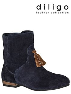 Imported leather boots on sale at Diligo Boots For Sale, Leather Boots, My Style, Stuff To Buy, Collection, Shoes, Fashion, Moda, Leather Shoes