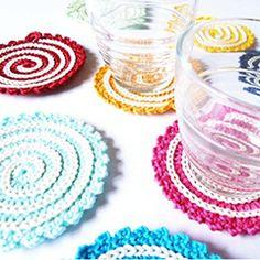 Spiral Coaster. Download this free pattern at allcrochetpatterns.net