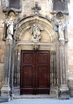Wandering Soul, Wondering Mind — cityhopper2:   Barcelona old town 2009, Spain ...