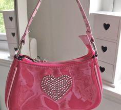 Mode Vintage, Vintage Bags, Fashion Bags, Fashion Accessories, Aesthetic Bags, Accesorios Casual, Cute Purses, 2000s Fashion, Cute Bags