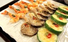 Zucchini, Sushi, Vegetables, Ethnic Recipes, Food, Kitchens, Essen, Vegetable Recipes, Meals