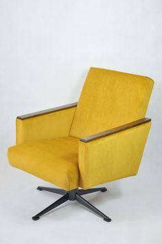 fotel obrotowy '70 doskonała forma w swojej prostocie dobrze prezentuje się w pomieszczeniach retro jak w klimacie loftu. tkania KRONOS 01 #pracowniarelamusownia #renowacjameblikraków #fotelobrotowy #renowacjamebli #retro #prl #loft #polskidizajn #polskidesign Furniture Makeover, Retro, Chair, Design, Home Decor, Decoration Home, Room Decor, Stool