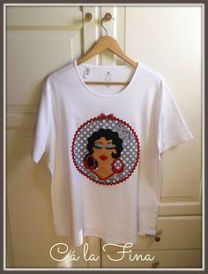 """CAMISETAS FLAMENCAS: modelo """"Soleá"""" de mujer. #camisetasflamencas #camisetaspersonalizadas #camisetasdecoradas"""