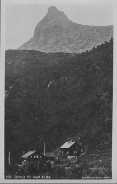 Nordland fylke Narvik Dybvig stasjon på Ofotbanen  med Tøtta Utg Julius Brekke, Narvik brukt 1912